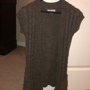 Sweaters - Short sleeved knit sweater